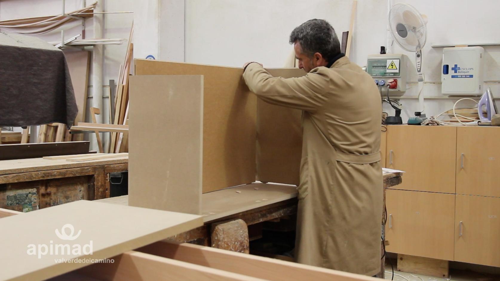Artesanos del mueble a medida: conoce a Muebles Mudeval