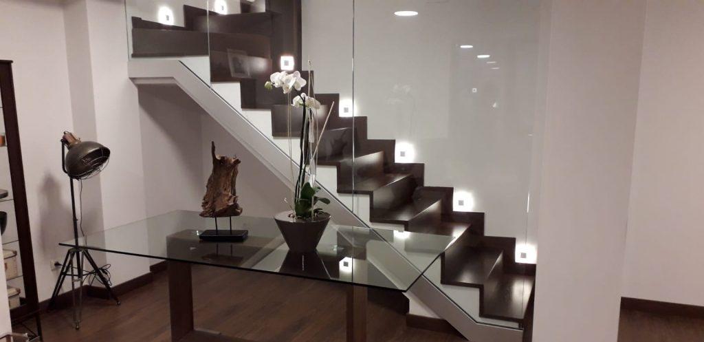 escaleras de roble a medida