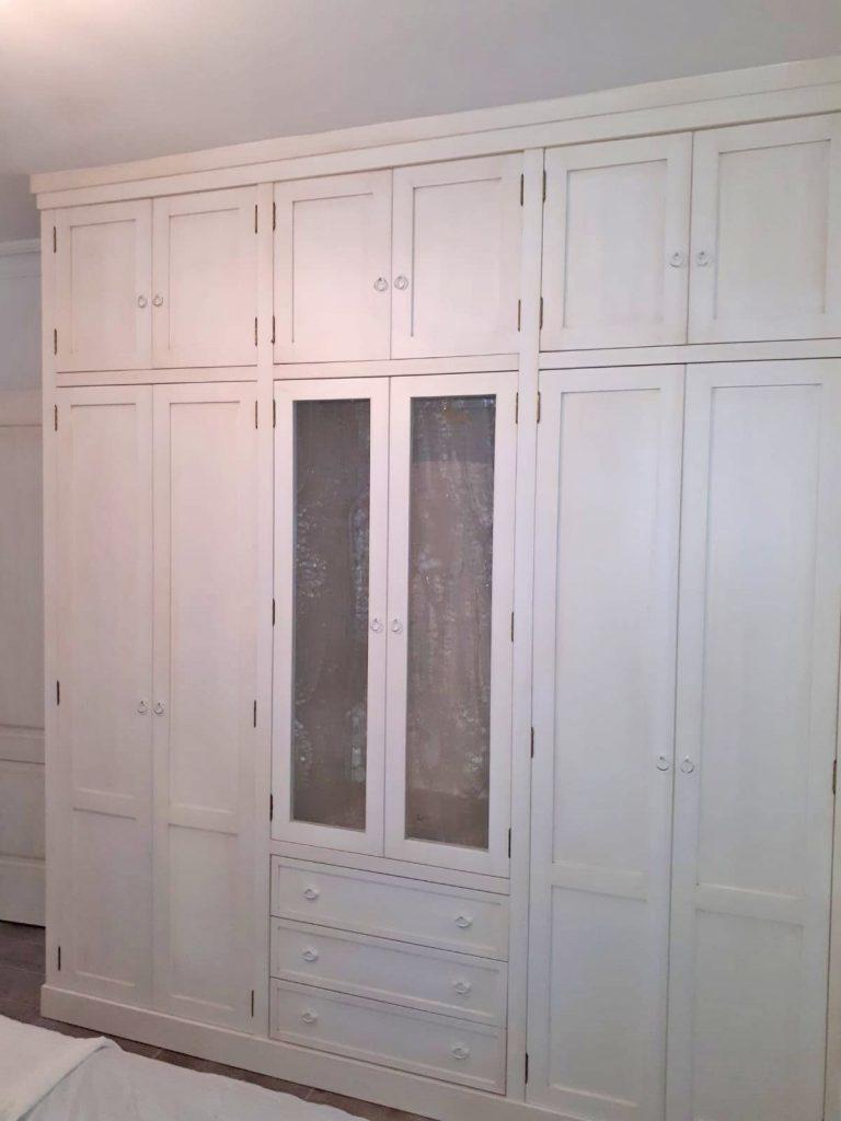armario blanco a medida muebles mudeval