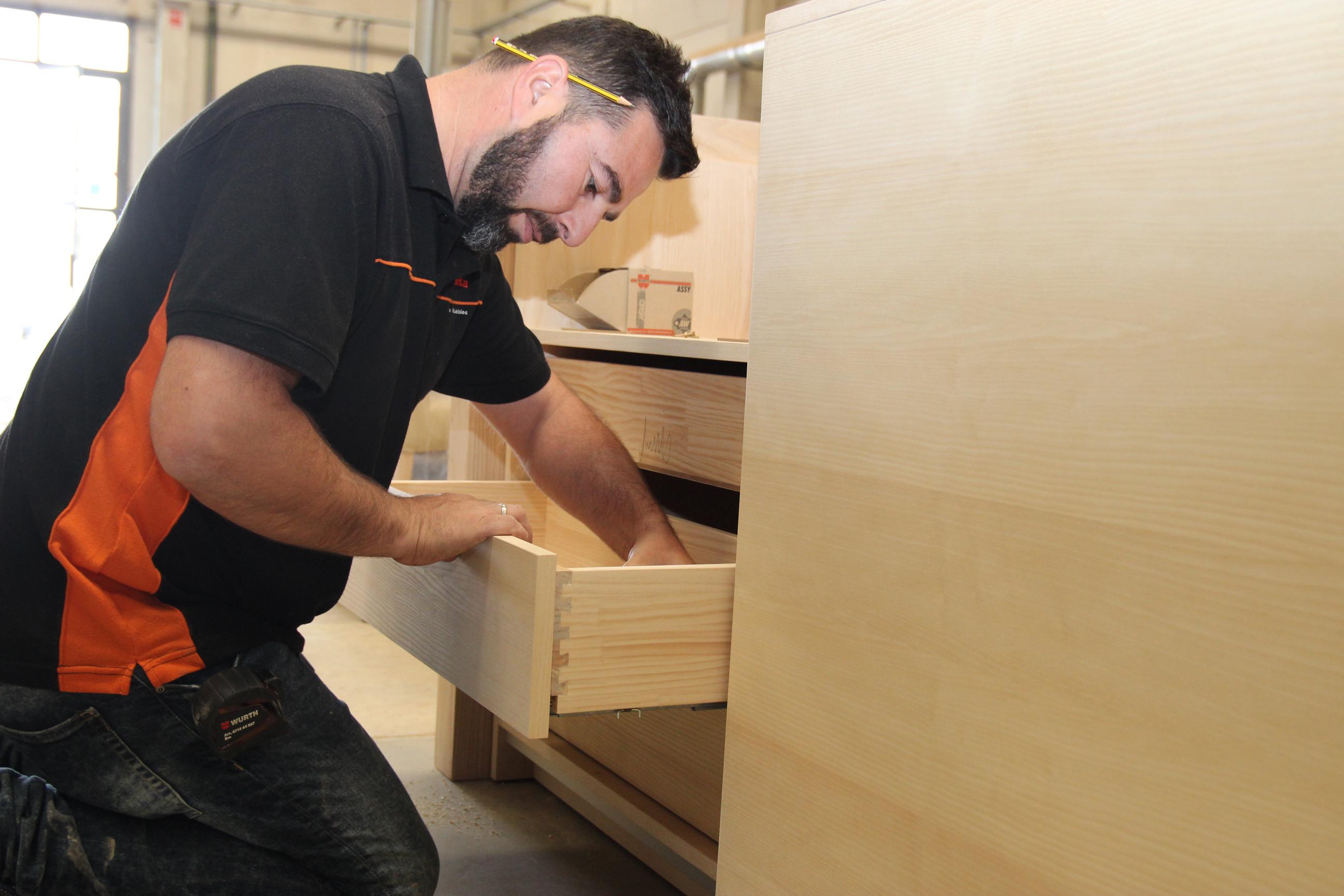 """Siete empresas del mueble a medida de Valverde del Camino estarán presentes en la feria profesional """"SurMueble"""""""