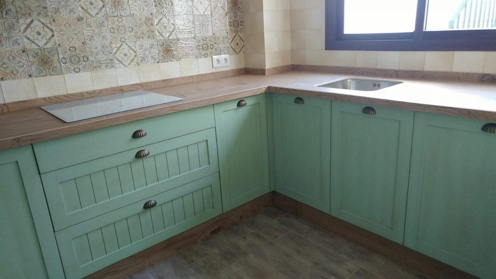 Cocina verde mint muebles mudeval