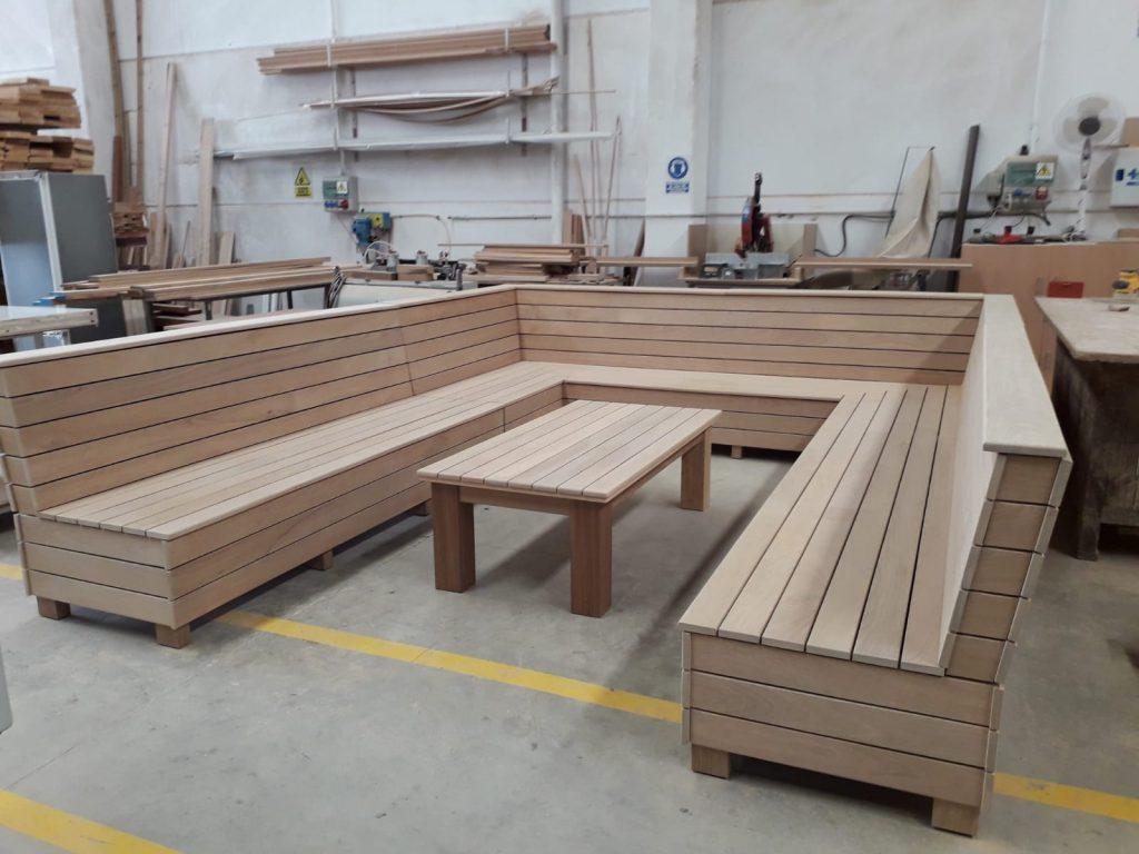 mobiliario para exterior banco y mesa muebles mudeval