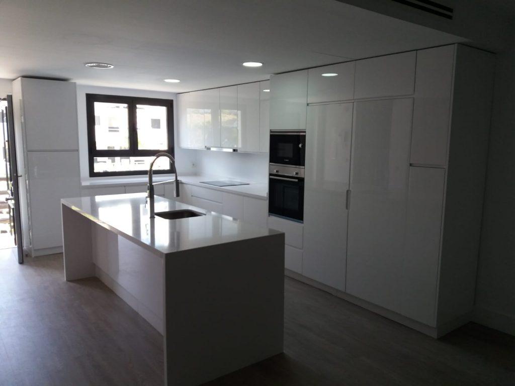 cocina blanca ramycor