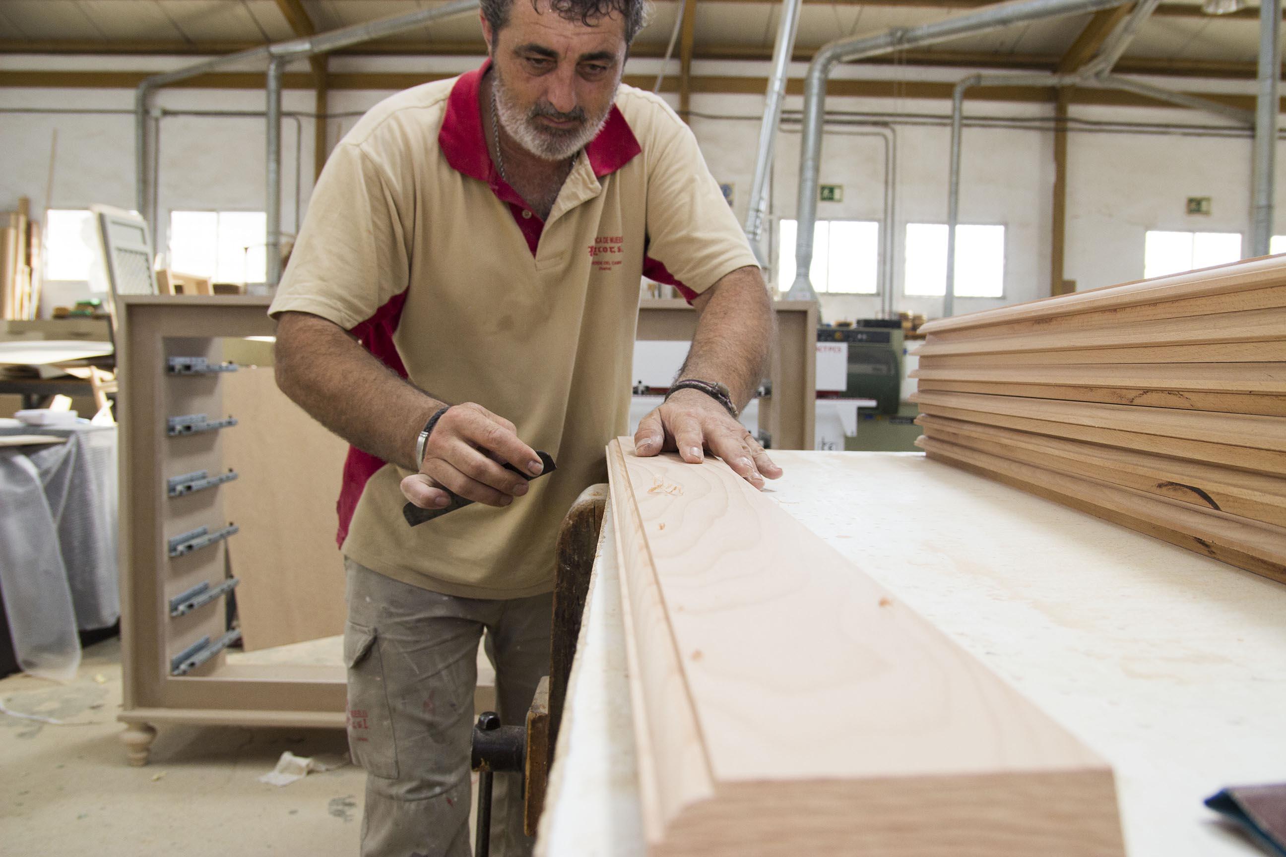El mueble a medida de Valverde espera consolidar el mercado nacional con un trabajo de calidad y artesano