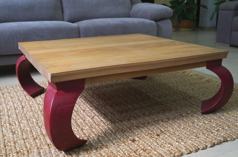 Mesa baja de salón en madera de roble